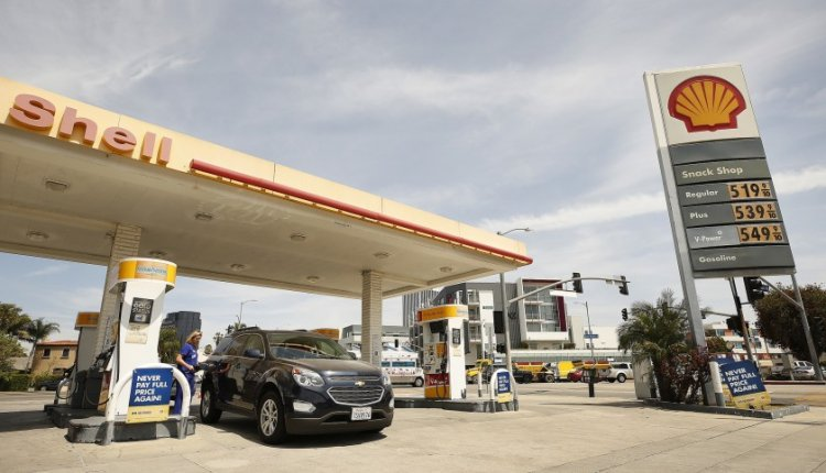 Shell Ordered to Cutback Emissions by Dutch Court