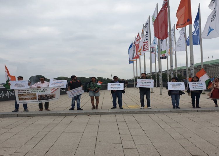 Protest in Hamburg condemning attacks on minorities' holy sites in Pakistan