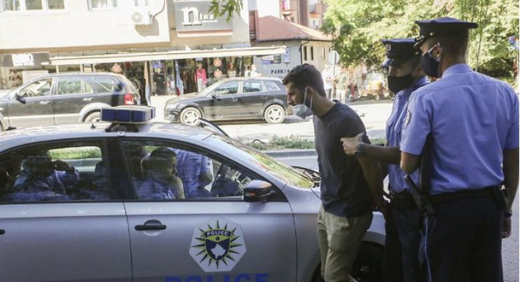 Kosovar activists disrupt session at war crimes court they say tries to 'change history'